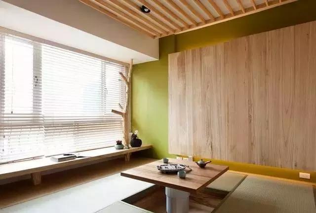 日式风格自然质朴原木色榻榻米装修设计效果图