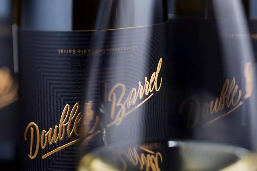 红酒包装设计,让消费者喝的不是酒而是一种情怀的调调!