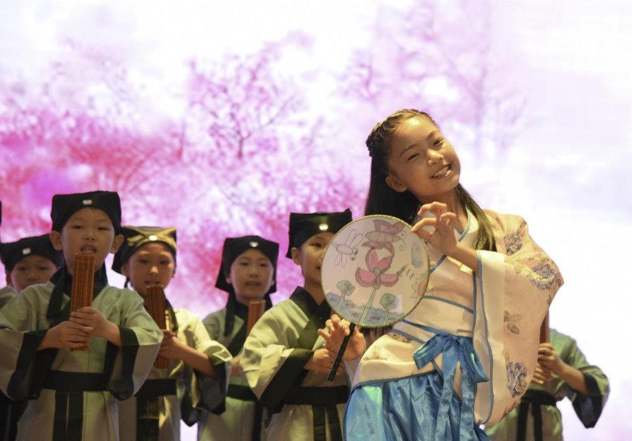 泸州市开展吟诵助力语文古诗文课堂教学专题研讨活动