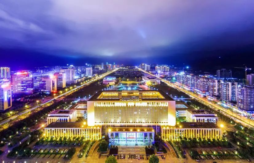 龙岩的gdp_以龙岩国际美食城为例 浅谈如何打造文旅商综合体