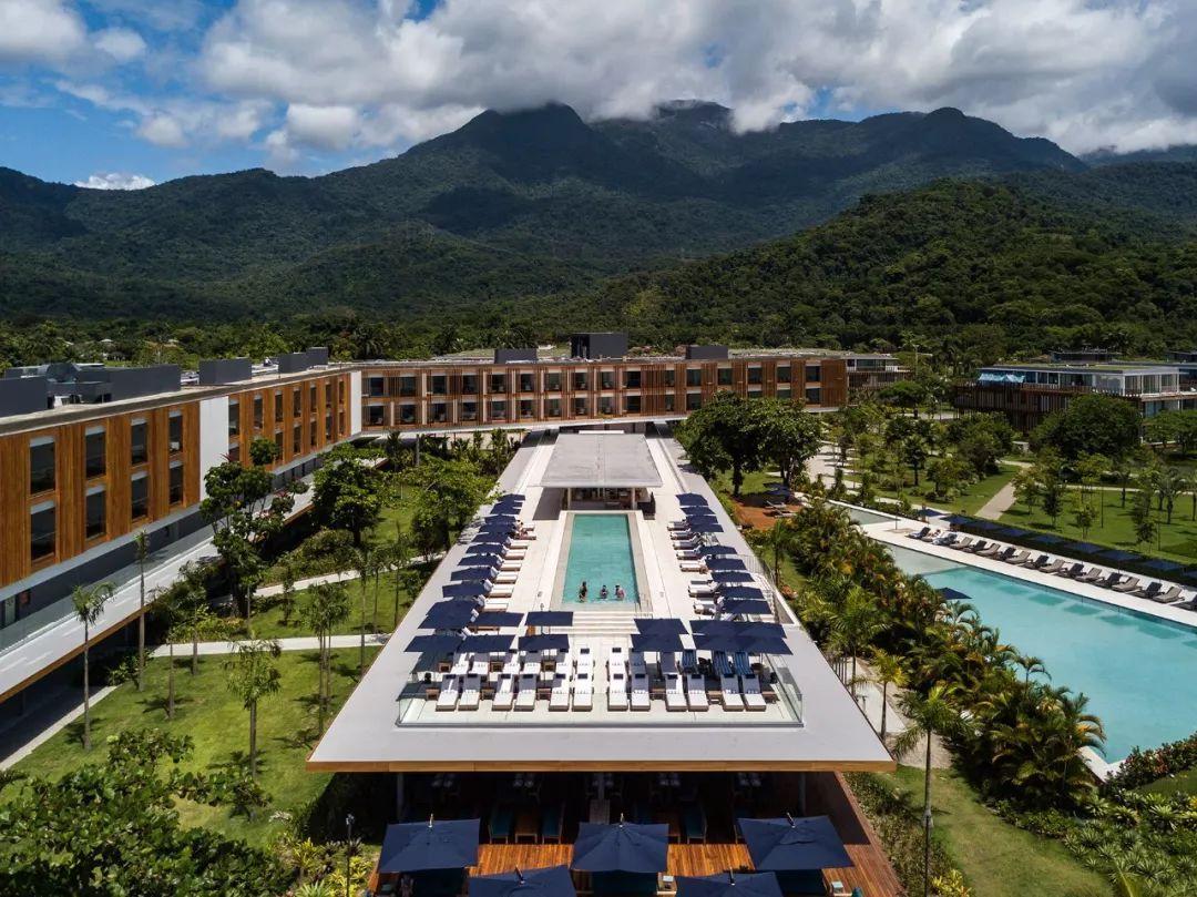 鸟瞰天下的耶稣山,巴西的标志性建筑_新浪看点