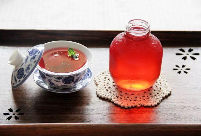 a果汁果汁大红色的夏日,诱人增食品,炎炎杨梅来一杯食欲汁,还保温箱正文北京图片