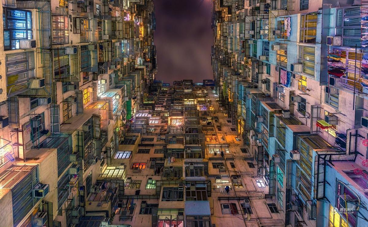 香港占地面积与人口_香港人口增长曲线图