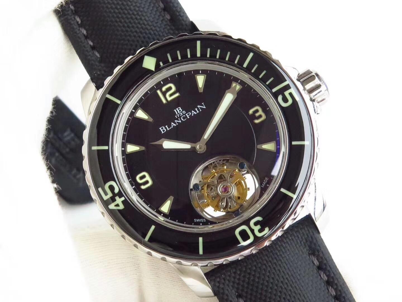 亿尊谈表 彰显大气非凡的ZF厂宝珀五十噚潜水型真陀飞轮腕表