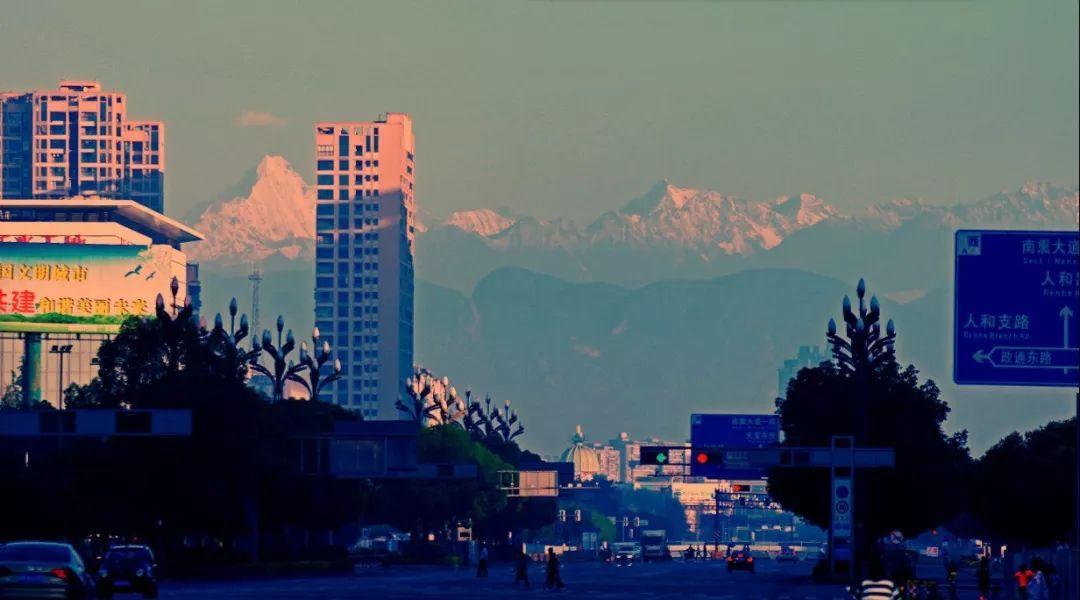 又见雪山,成都连续3天现高清版雪山照!