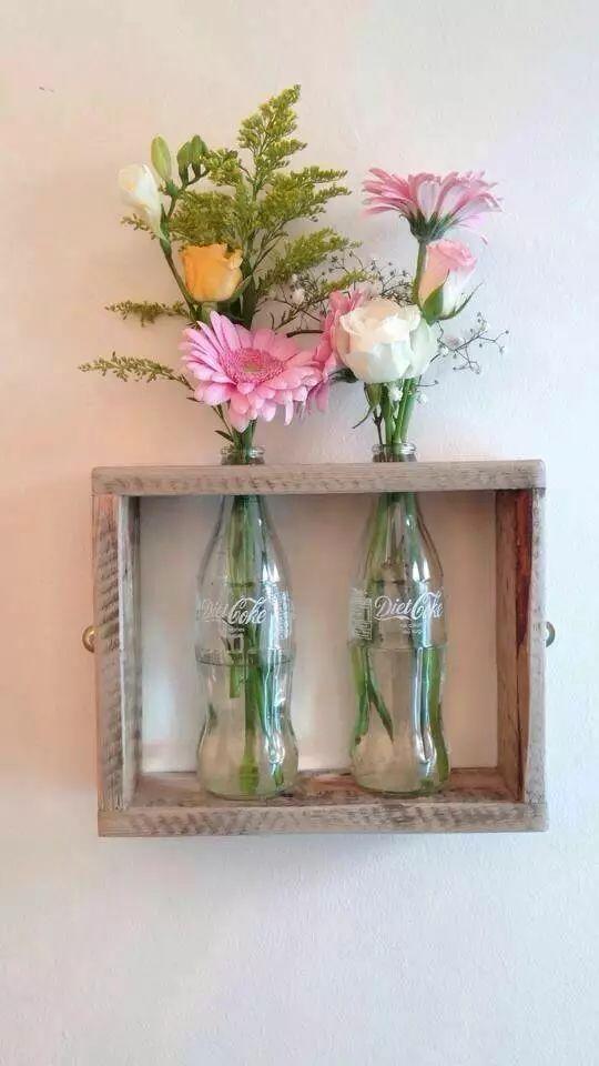 """還可以自己動手diy 用一些道具把""""花瓶""""固定在墻上 還可以在瓶子底部"""