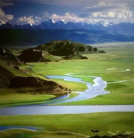 新疆巴音布鲁克草原,这里有你想象不到的美