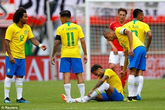 巴西世界杯主力阵容_敲定!巴西战世界杯11人呼之欲出 唯一疑团解开