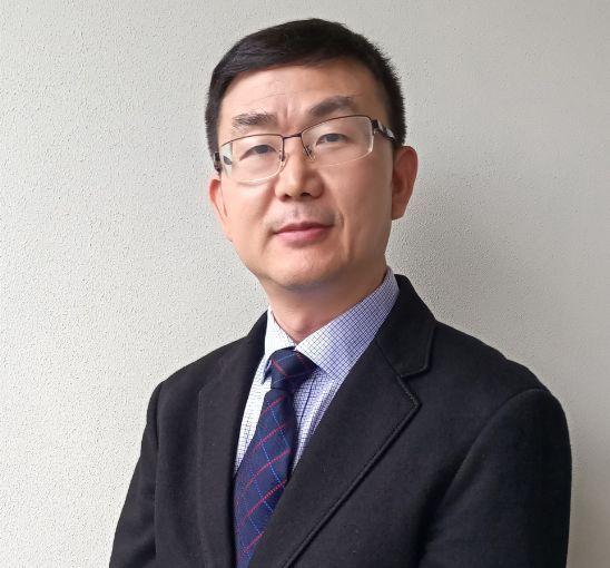 宏力董事长_无锡微宏董事长照片