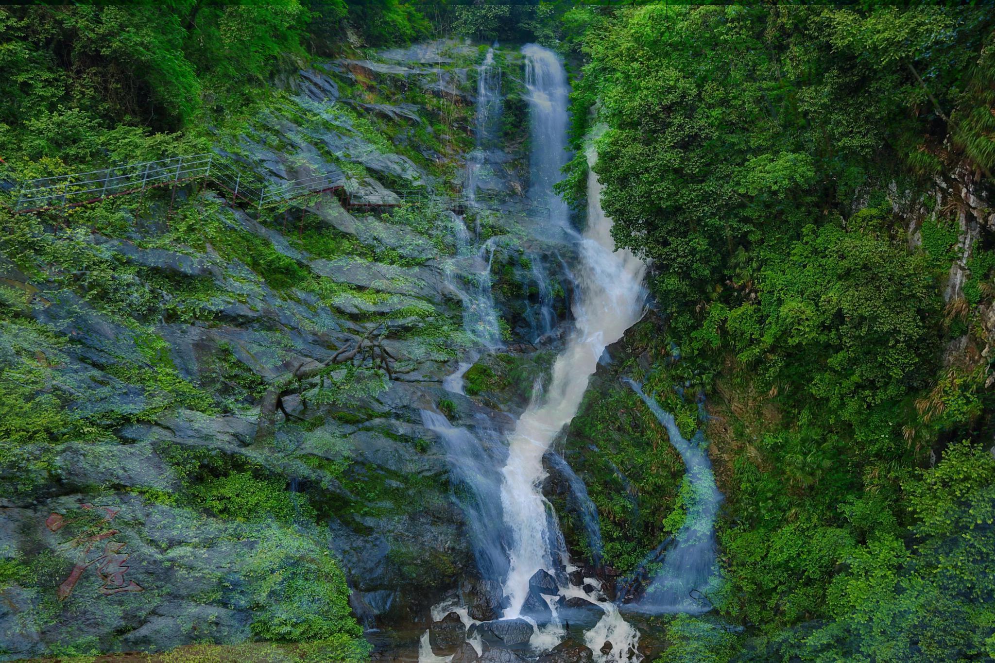 安徽两条壮观的瀑布:一条国内独一无二,一条深藏峡谷