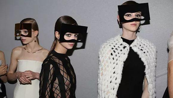 福布斯发布了最新全球上市公司排行榜,Dior成全