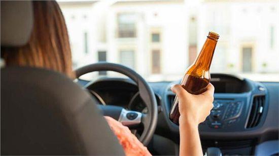 一罐啤酒也算酒驾!酒后多久能开车?