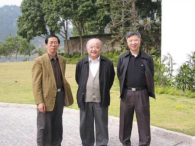 影响了中国人100年的小文章