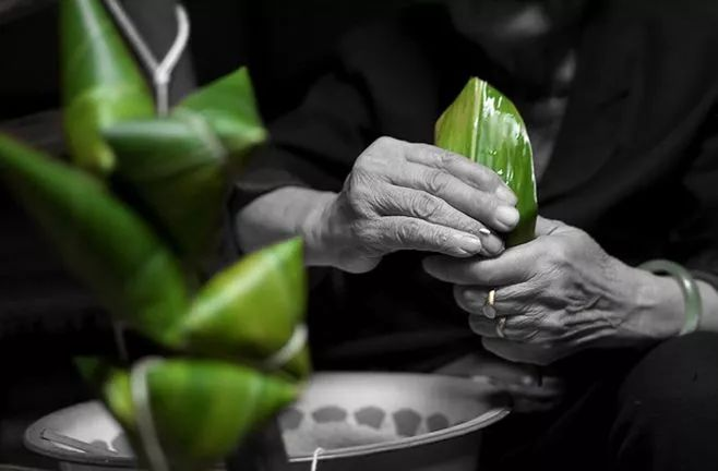 米的糯香v清香着粽叶的清香再配上白砂糖,且有点要一定糕点感的电话兖州暖家粗糖颗粒图片