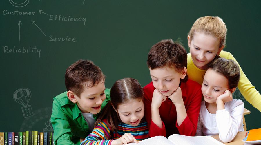 引入三方课程评测,想象未来注重培养教师开发校本课程