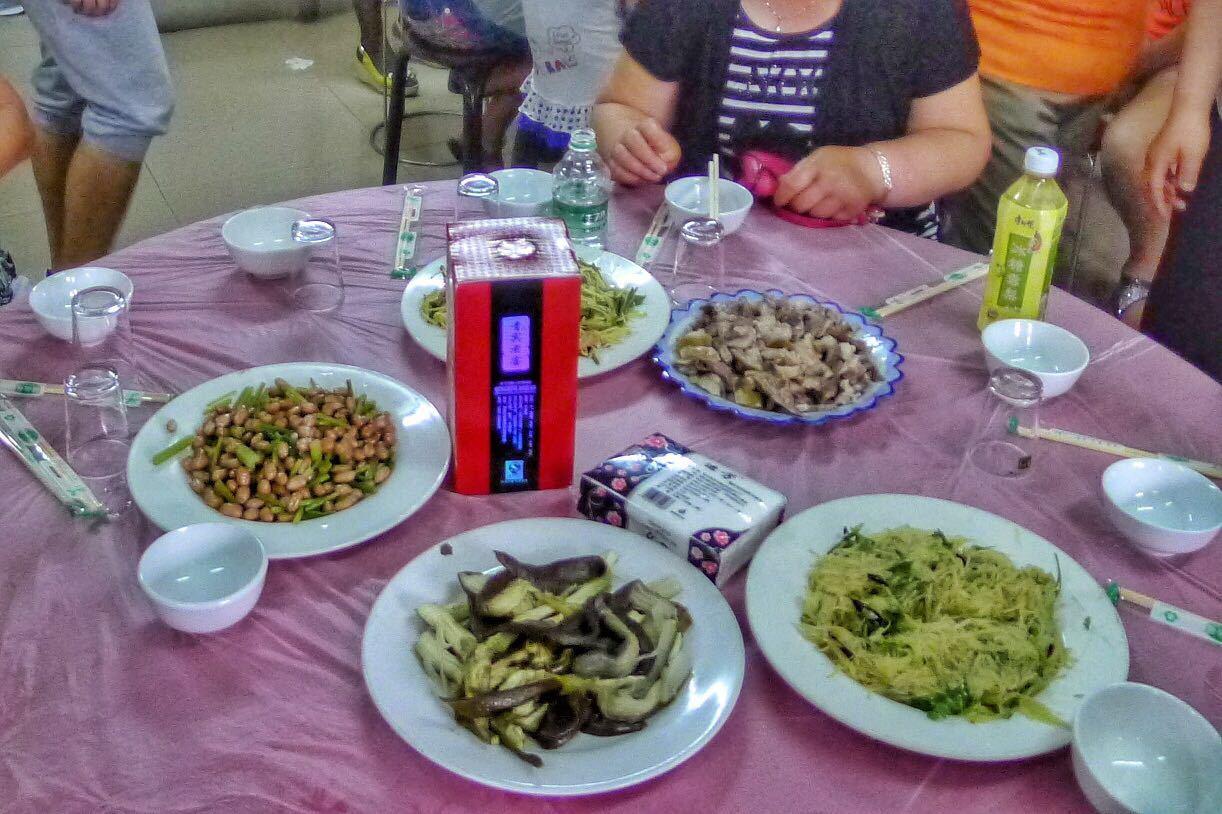黑龙江农村婚宴上吃什么,好吃又干净,秒杀城市的大餐厅