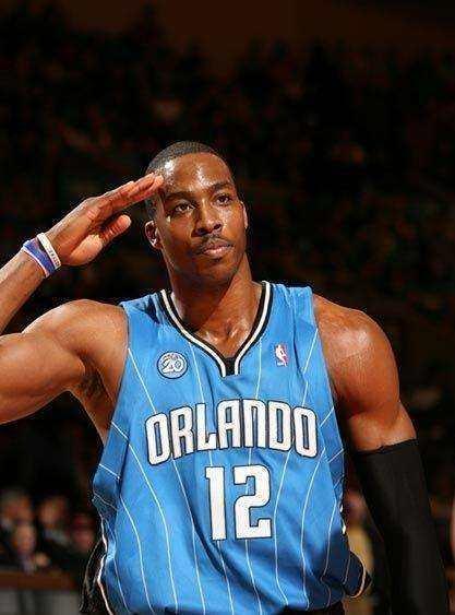 NBA最经典的10大球星庆祝动作,阿里纳斯嚣张詹皇最霸气