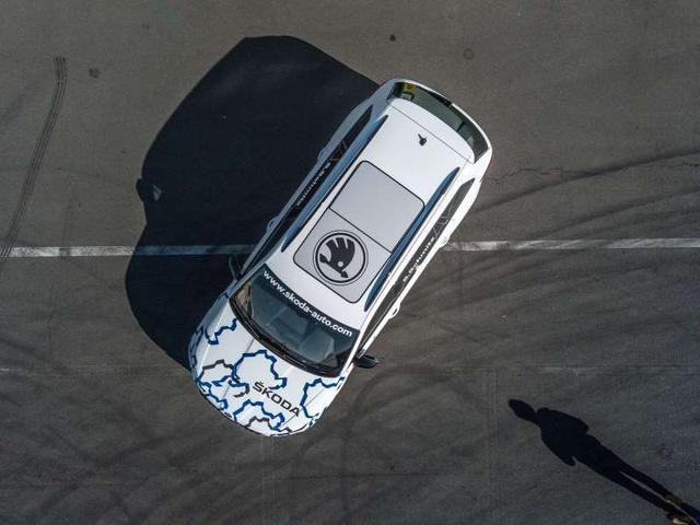 斯柯达放出柯迪亚克RS纽伯格林赛道测试预告影片