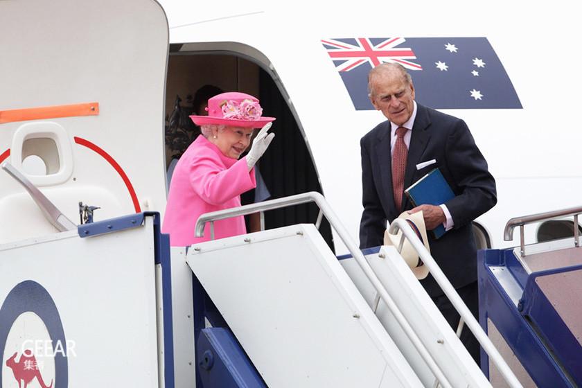 女王果然与众不同:What?英女王每次出游时竟然会带这些东西?
