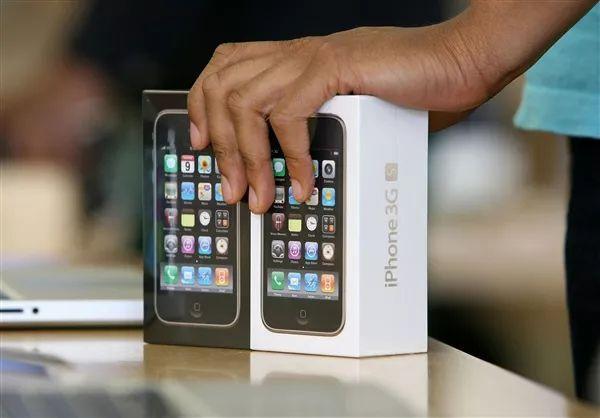 苹果运营商重新开卖iPhone 3GS,仅售260元! 图1