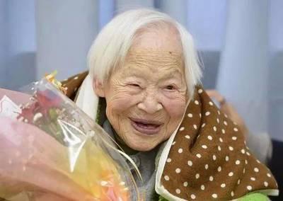129岁最长寿老人养生奥秘,关键在每一天,坚持这4点,长寿跟你走