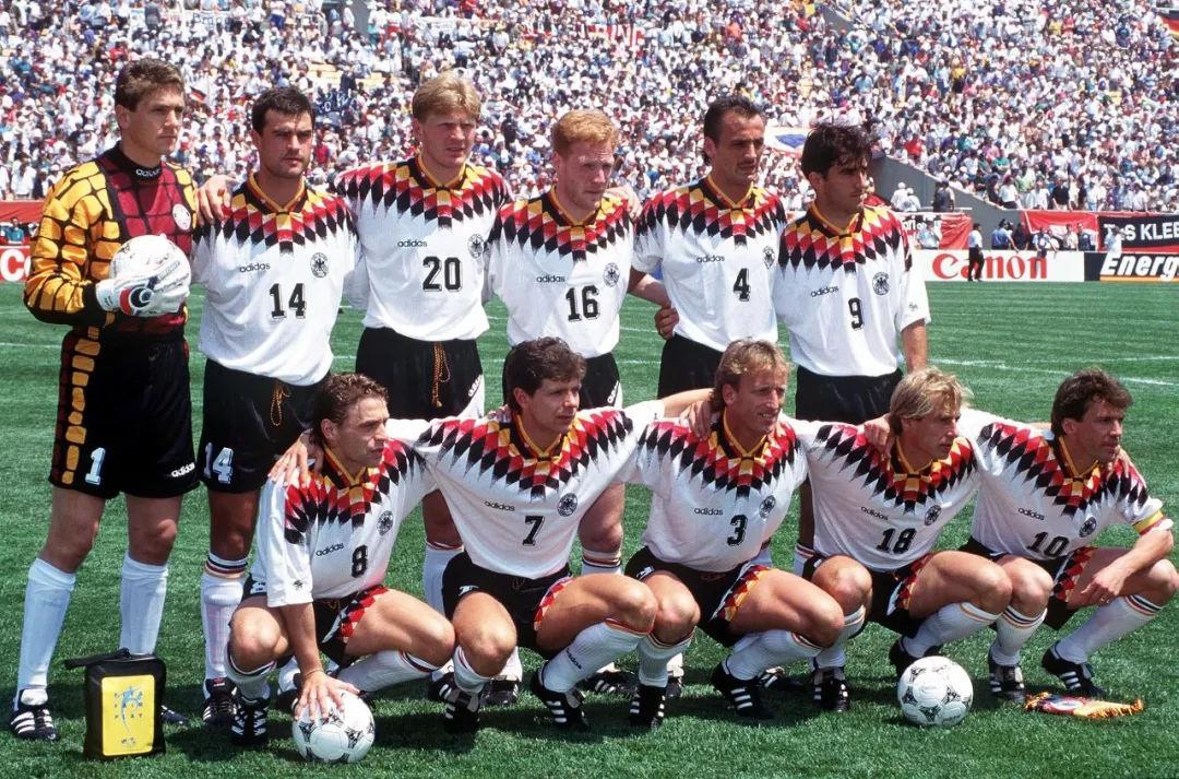 世界杯经典����j�9�!_世界杯经典球衣图鉴 哪一件是你的青春?