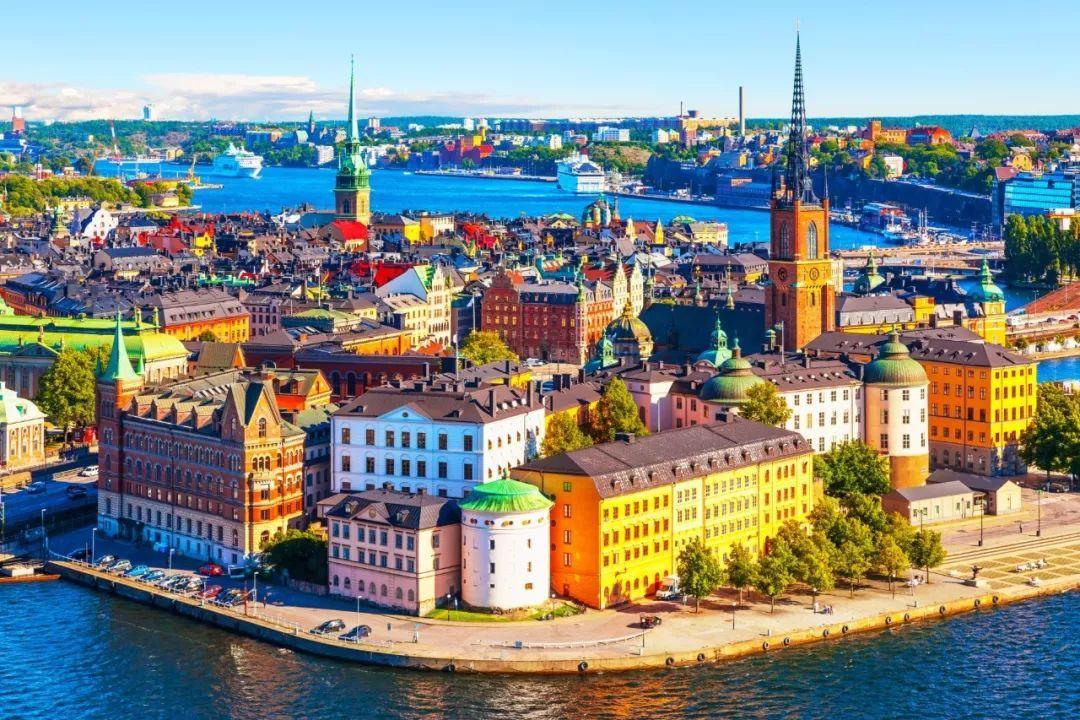 私人定制 | 15小时+的超长日照时间,夏天才是北欧人最期盼的缤纷季节