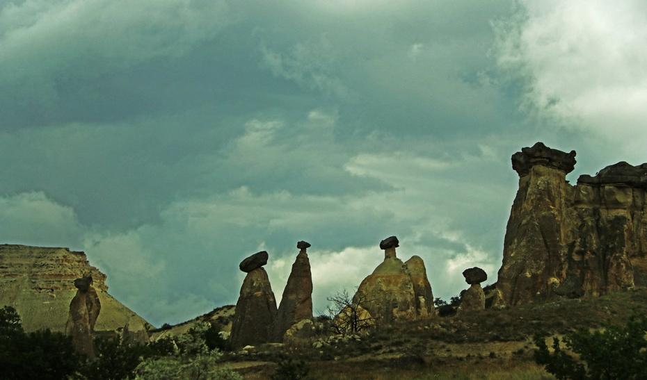 奇山秀水游卡帕,遗产人文双自然--土耳其游之七吉普大指挥官与汗兰达对比图片