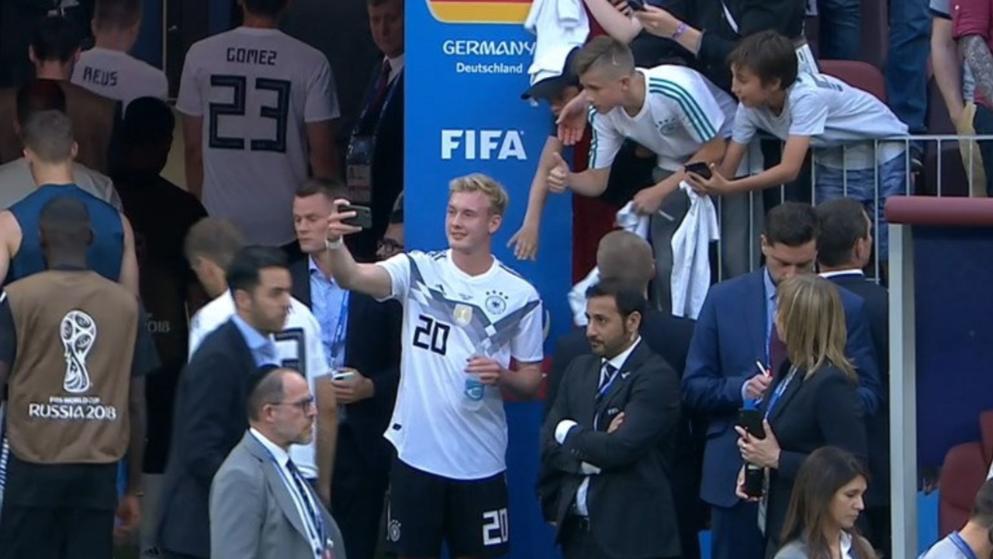 赛后无论是德国队队赛车员还是球迷都非常失望