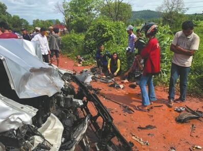 子车祸_柬埔寨西哈努克之子亲王夫妇遇车祸 王妃去世