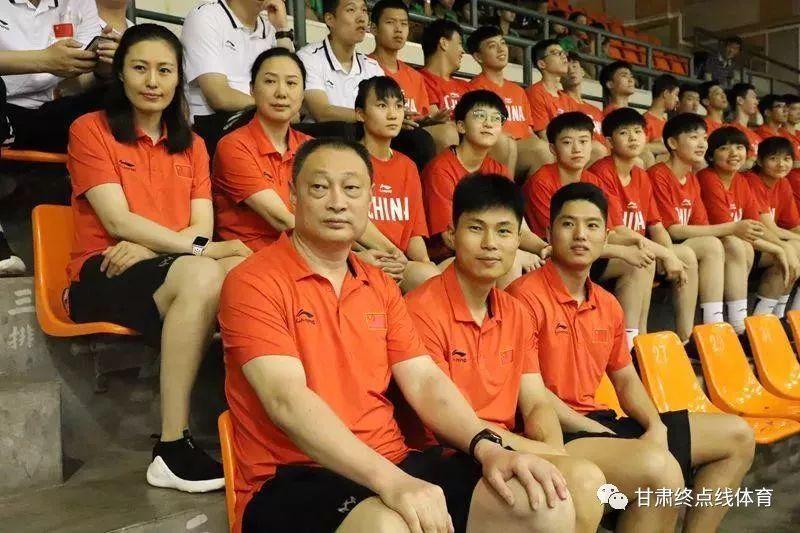 诠释体育精神 《破门》传递感动 秦皇岛训练基地驻训人员集体观看