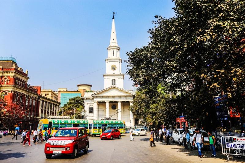印度脏乱差,实际上印度对文化建筑的保护比中国强多了