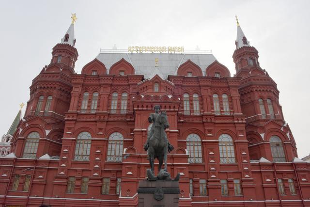 托尔斯泰练骑车的地方,是今天俄罗斯最贵的商业街