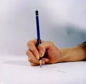 您一定想不到写字潦草对孩子的影响有多大!