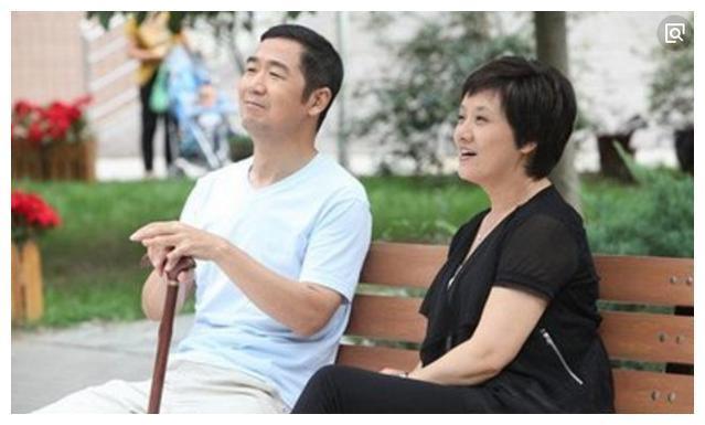 霍建华国产,靳东老婆,贾乃亮老婆,热播没有就对比没有最近伤害老婆电视剧有哪些图片