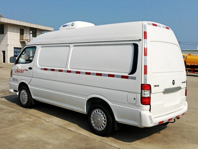 福田风景面包式冷藏车