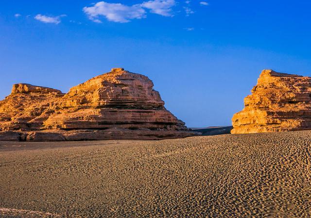 专家在寸草不生的新疆沙漠发现巨大湖泊,资源量可供全球用200年