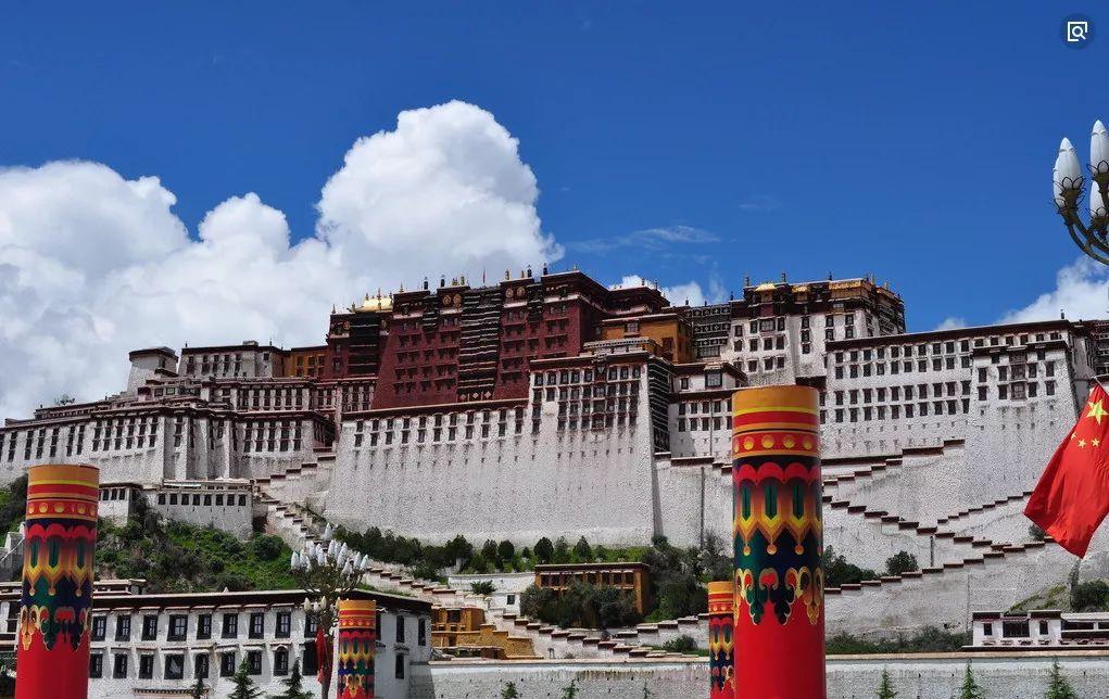 西藏 一生中一定要去一次离天最近的地方图片