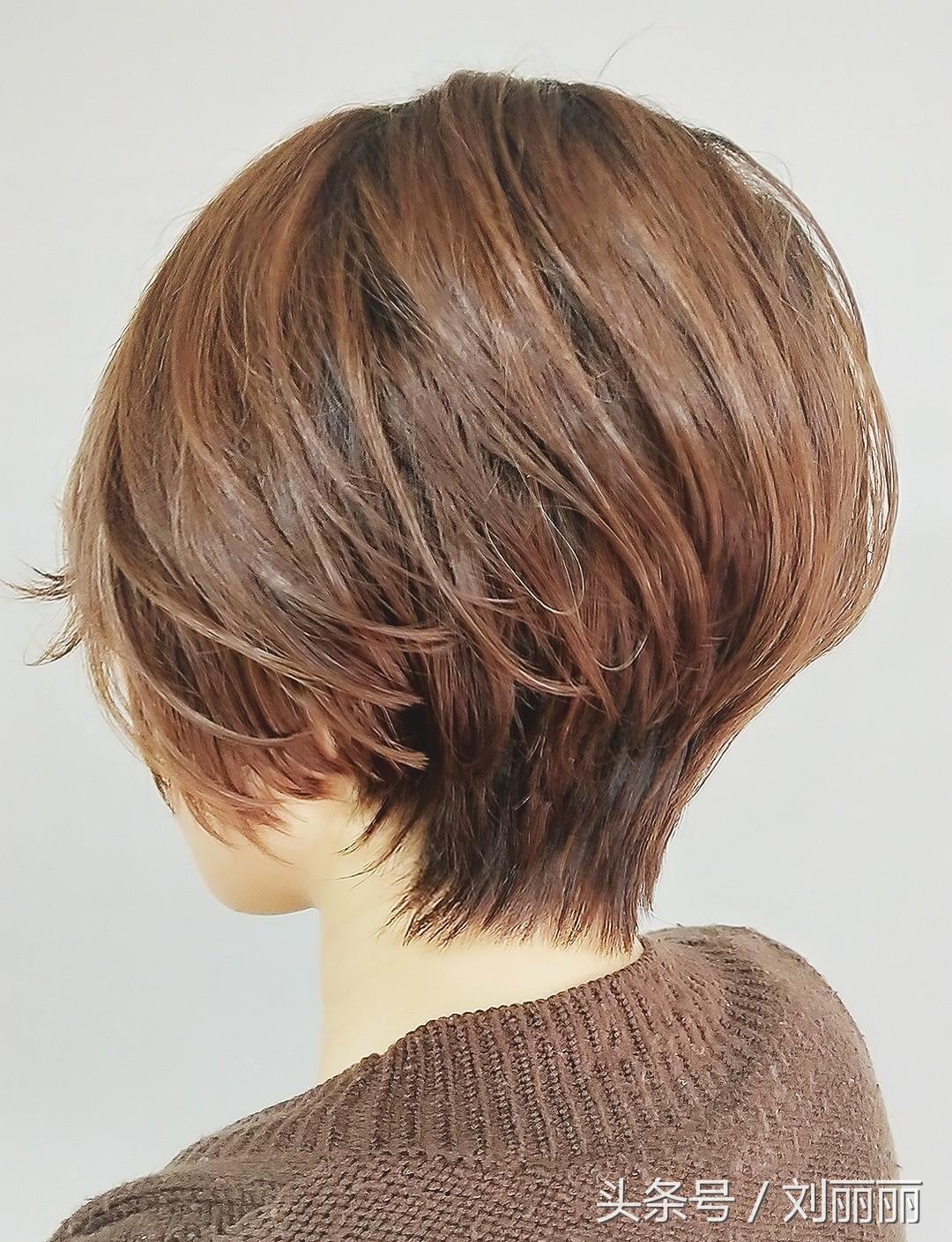 """2018流行""""立体后脑勺""""发型,特别适合中国女生,剪完很完美图片"""
