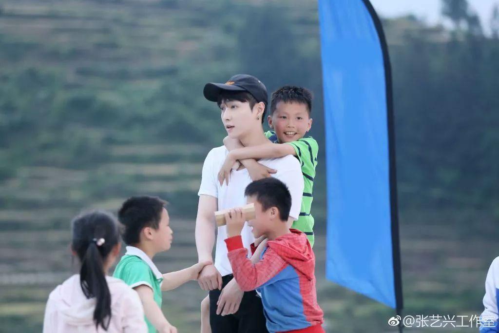 张艺兴:因为年轻,更懂奋进