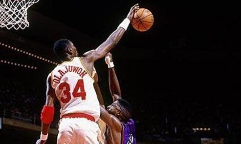 NBA单场17次盖帽是谁创的?不是奥尼尔不是大梦,2米31波尔仅15次