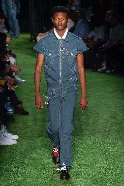 White 19SS 发布会曝光全新合作 Nike Air Max 97 鞋款,Dior 将