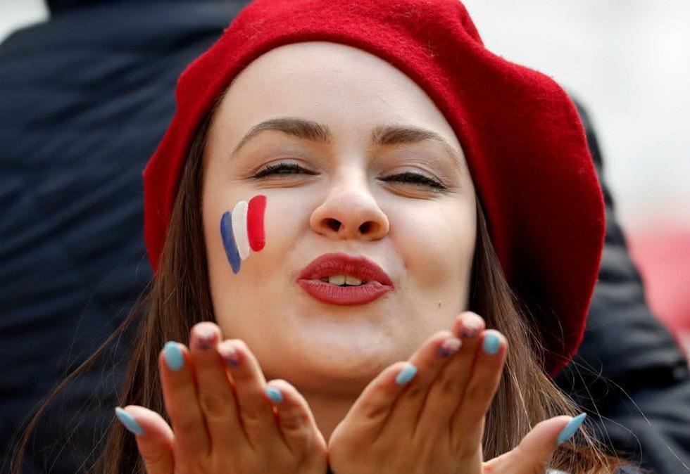 世界杯各国美女球迷你说哪个最养眼
