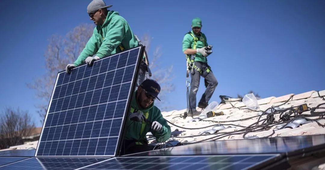 """征税""""后劲""""初显,美国太阳能就业市场面临萎缩"""