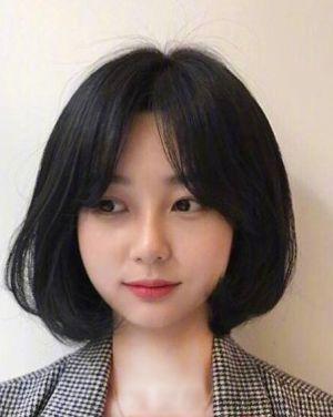 简约风的气质女生短发 人气发型夏天不错过图片