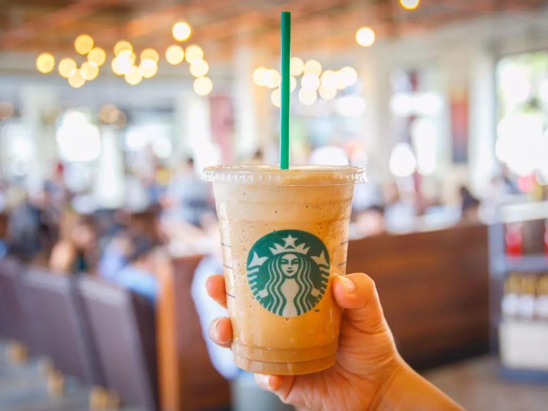 三十岁的星巴克,如何阻击互联网咖啡的围攻?