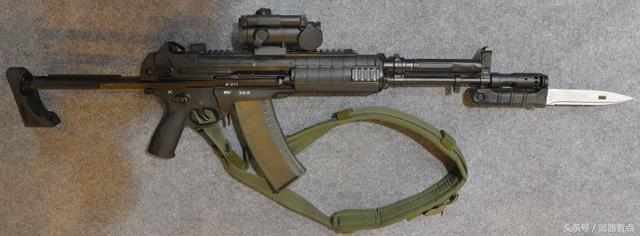 a545/a762突击步枪 口径:5.45×39mm m74 / 7.62×39mm m43