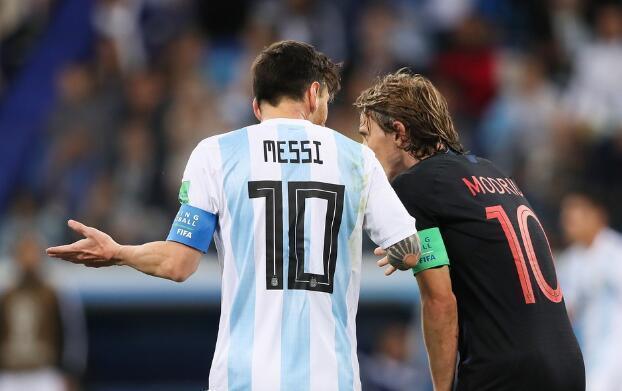 博天堂918AG手机版网址桑保利一昏招自酿苦果,阿根廷惨败不能只怪梅西