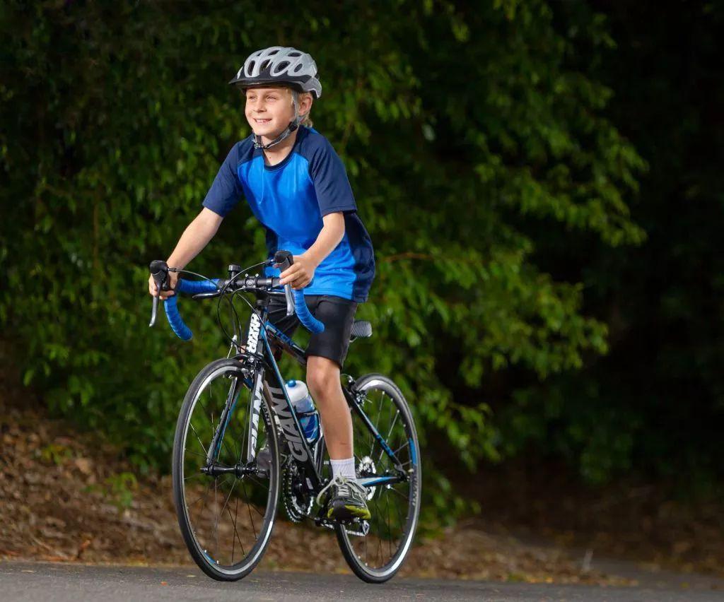 骑自行车或电动自行车带孩子必然要预防!