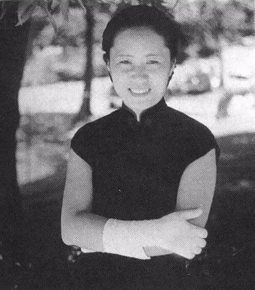 她是世界原子彈之母,中國的居里夫人,楊振寧、李政道的諾獎該分她一半!